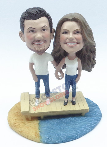 Couple on the dock personalized snow globe