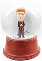 Male graduation personalized snow globe