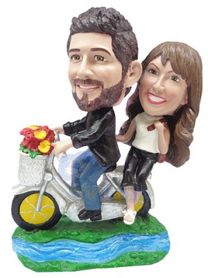 Riding a tandem bicycle couple custom bobble head doll