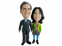 Skiing Couple Custom bobble head doll