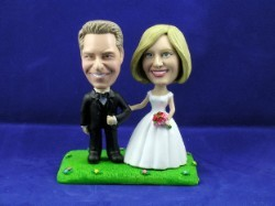 Wedding couple Arm in Arm custom bobble head doll